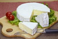 フランス産のブリーチーズ