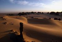 砂岩の柱 26140001124| 写真素材・ストックフォト・画像・イラスト素材|アマナイメージズ