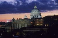 サン・ピエトロ大聖堂夕景