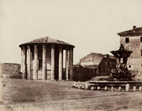 Temple of Vesta and the Triton's Fountain, Rome 26144000715| 写真素材・ストックフォト・画像・イラスト素材|アマナイメージズ