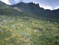 白頭山のカルデラ壁 26155000242| 写真素材・ストックフォト・画像・イラスト素材|アマナイメージズ