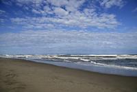 秋の日本海の五十嵐浜 26158002857| 写真素材・ストックフォト・画像・イラスト素材|アマナイメージズ