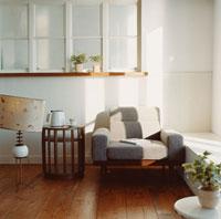 ソファのある部屋 30007000288| 写真素材・ストックフォト・画像・イラスト素材|アマナイメージズ