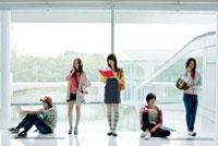日本人大学生グループイメージ