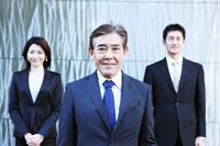 日本人のビジネスマン達のポートレイト 30009000302| 写真素材・ストックフォト・画像・イラスト素材|アマナイメージズ
