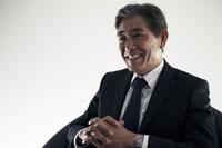 笑顔の日本シニアビジネスマン 30009000320| 写真素材・ストックフォト・画像・イラスト素材|アマナイメージズ