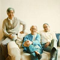 日本人のシニア男子3名のポートレート