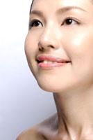 20代日本人女性のビューティーイメージ 30015001146| 写真素材・ストックフォト・画像・イラスト素材|アマナイメージズ