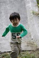日本人の幼い男の子