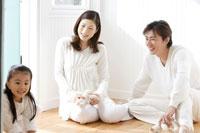 日本人夫婦と女の子