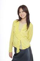 日本人20代女性 30018000187| 写真素材・ストックフォト・画像・イラスト素材|アマナイメージズ