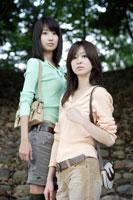 日本人20代女性2人