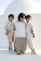 お母さんと双子の男の子