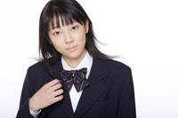 女子高校生 30018000614B| 写真素材・ストックフォト・画像・イラスト素材|アマナイメージズ