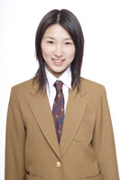 制服姿の日本人の女子高生 30018000650| 写真素材・ストックフォト・画像・イラスト素材|アマナイメージズ