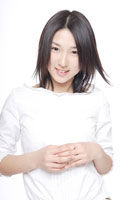 日本人の女の子 30018000686A| 写真素材・ストックフォト・画像・イラスト素材|アマナイメージズ