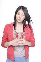 日本人の女の子 30018000687A| 写真素材・ストックフォト・画像・イラスト素材|アマナイメージズ