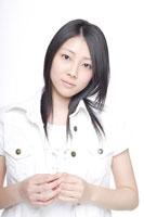 日本人の女の子 30018000695| 写真素材・ストックフォト・画像・イラスト素材|アマナイメージズ