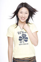 日本人の女の子 30018000697A| 写真素材・ストックフォト・画像・イラスト素材|アマナイメージズ