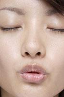 20代日本人女性の口元 30018001290| 写真素材・ストックフォト・画像・イラスト素材|アマナイメージズ