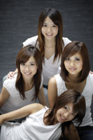 20代日本人女性4人のビューティーイメージ 30018001360| 写真素材・ストックフォト・画像・イラスト素材|アマナイメージズ