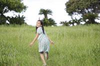 草原の女の子