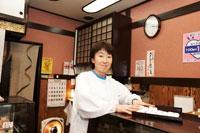 和菓子屋の女将 30020000240| 写真素材・ストックフォト・画像・イラスト素材|アマナイメージズ