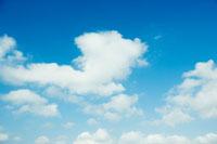 空と雲 30023000278| 写真素材・ストックフォト・画像・イラスト素材|アマナイメージズ