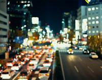 夜の道路イメージ 30031000005| 写真素材・ストックフォト・画像・イラスト素材|アマナイメージズ