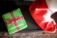 サンタの靴下とプレゼント