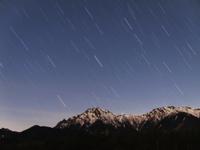 八ヶ岳に沈む星