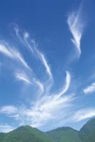 巻雲 32089000315  写真素材・ストックフォト・画像・イラスト素材 アマナイメージズ
