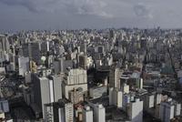 高層ビルが建ち並ぶサンパウロ中心部