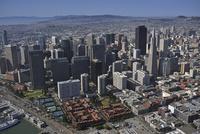 サンフランシスコ港とダウンタウン