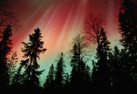 オーロラ:オーロラ嵐の色が見られる 32236001768| 写真素材・ストックフォト・画像・イラスト素材|アマナイメージズ