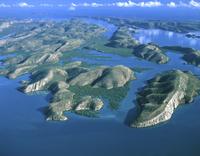 タルボット湾の島々 空撮 32240003022| 写真素材・ストックフォト・画像・イラスト素材|アマナイメージズ