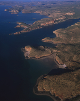 キングレオポルド山地西部 空撮 32240003027| 写真素材・ストックフォト・画像・イラスト素材|アマナイメージズ