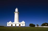 マッコーリー灯台 1818年建立 32240003199| 写真素材・ストックフォト・画像・イラスト素材|アマナイメージズ
