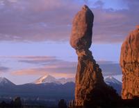 ラ・サル山脈とバランスドロック