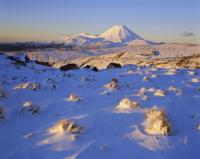 晩冬のナウルホエ山の夕暮れ