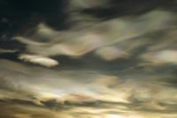 ロス海上空にかかる真珠母雲