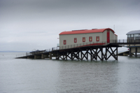Old lifeboat station converted into house, Tenby, Pembrokesh 32259006413| 写真素材・ストックフォト・画像・イラスト素材|アマナイメージズ