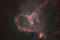IC1805 ハート星雲 32268000083| 写真素材・ストックフォト・画像・イラスト素材|アマナイメージズ