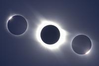 皆既日食  32268000117| 写真素材・ストックフォト・画像・イラスト素材|アマナイメージズ