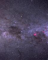 南十字星とコールサック 32268000172| 写真素材・ストックフォト・画像・イラスト素材|アマナイメージズ
