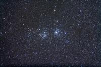 ペルセウス座の散開星団 NGC884および869