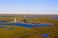 プルドー湾の油田 空撮