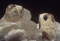 トパーズの結晶