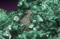 含銅アダム鉱の結晶、でお願いします。