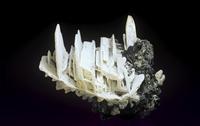 水白鉛鉱の結晶